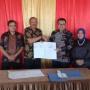 Tingkatkan PAD, Bupati Natuna Tandatangani Kerjasama dengan Perum Perikanan Nasional