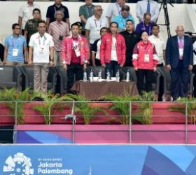 Presiden Saksikan Aksi Perenang Indonesia