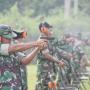 Personel Lanud Raden Sadjad Asah Kemampuan Menembak.